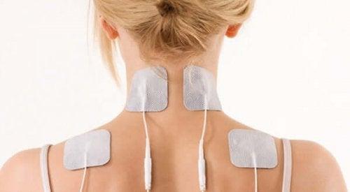 Jäätyneen olkapään hoitoon löytyy useita eri menetelmiä