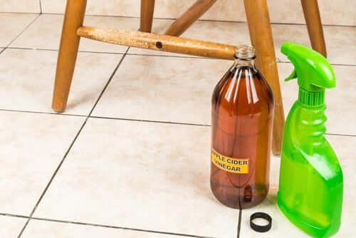 Omenaviinietikka on lyömätön apulainen kodin siivouksessa