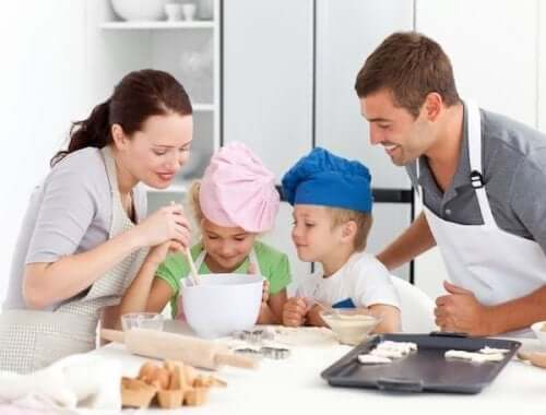 koko perhe leipoo yhdessä
