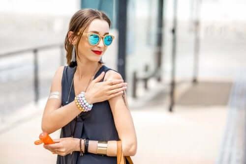 aurinkorasvaa ihosyövän ehkäisemiseksi