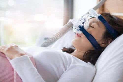 Uniapnean hoitomuodot ja oireet