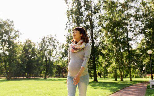 liikunnan harrastaminen raskauden aikana: kävely