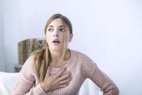 Tukahtumisen tunne voi olla merkki hiipivästä sydäninfarktista