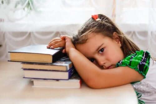obstruktiivinen uniapnea aiheuttaa väsymystä