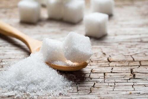 8 luonnollista sokerin korviketta