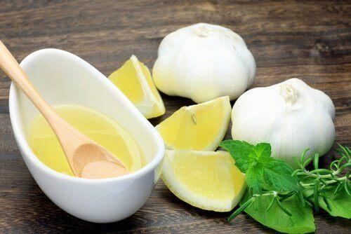 Sitruuna ja valkosipuli auttavat alentamaan kolesterolia