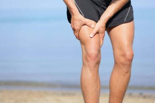 Liikunta voi pahentaa polvikipua