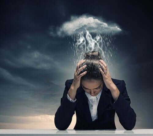 Migreenin syyt voivat olla stressi ja jännittyneisyys