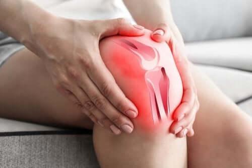 Miksi nivelrikko aiheuttaa polvikipua?