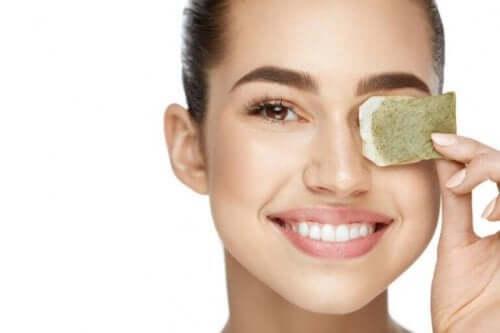 teepussien käyttäminen iholla