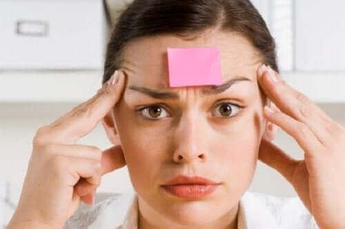 Amnesian oireet liittyvät kyvyttömyyteen muistaa asioita
