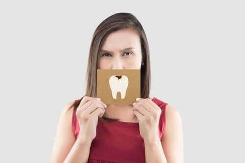 Helpotusta hammaskipuun: viisi nopeaa hoitokeinoa