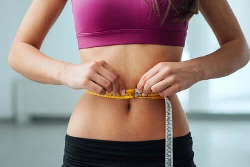 Inkivääri auttaa vähentämään ruokahalua ja nopeuttamaan aineenvaihduntaa