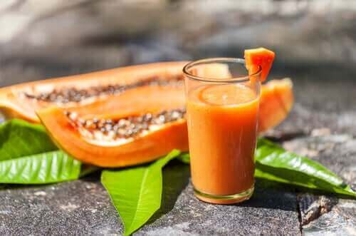 Papaijasmoothie edistää ruoansulatusta