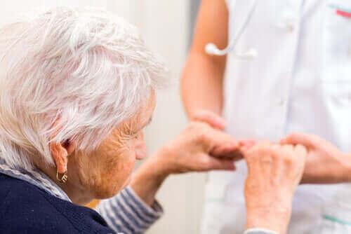 neurokognitiivinen häiriö mummolla