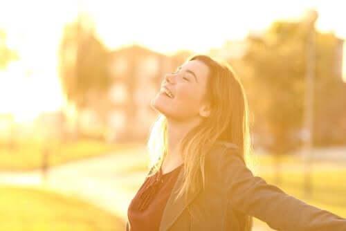 Masennuksen aiheuttama neuroinflammaatio on vakava tila, jonka ehkäisemiseksi voimme pyrkiä muuttamaan elämäntapojamme terveellisempään suuntaan