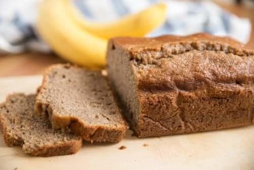 Fitness-leipä banaanista: terveellinen resepti