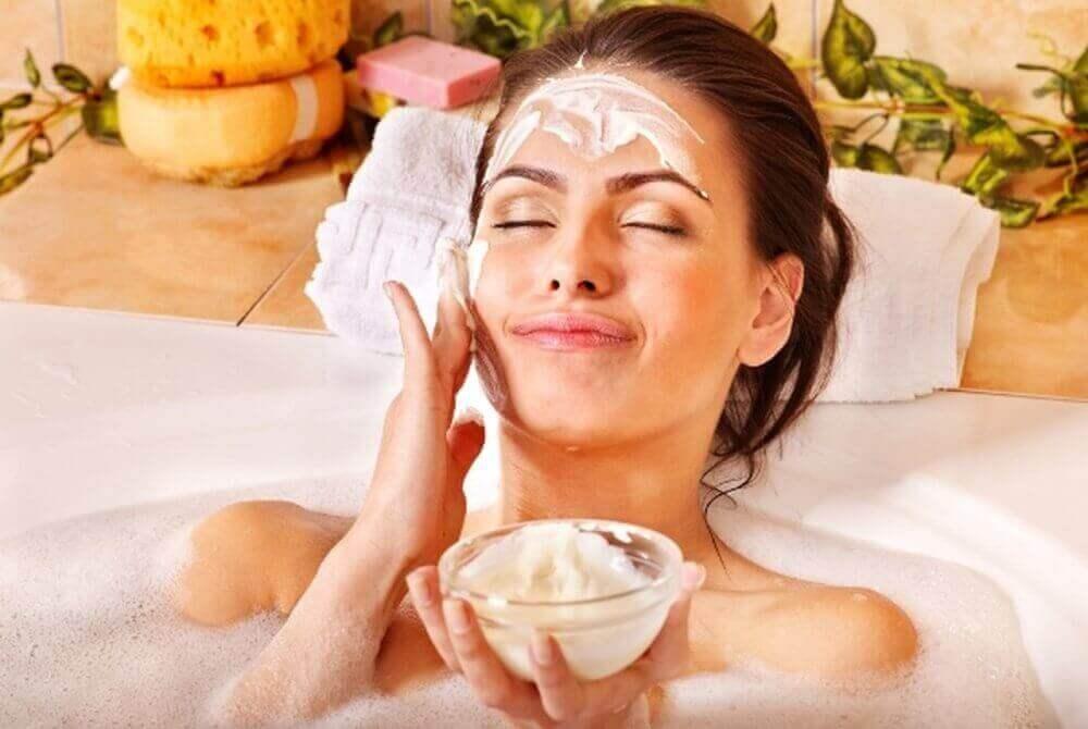 Kvinoaa kannattaa käyttää ihonhoidossa, koska se on iholle hyväksi monin tavoin