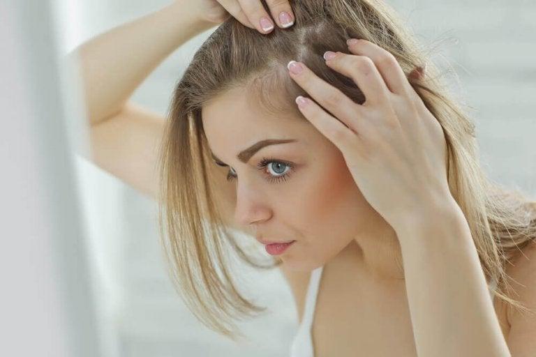 Mistä päänahan kipu johtuu? 6 syytä