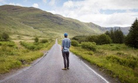 Yksi tapa estää masennuksen aiheuttamaa neuroinflammaatiota on pyrkiä eliminoimaan pakkomielteiset ajatukset