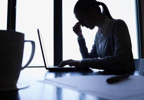 Stressi on yksi suurimmista tekijöistä, joka voi johtaa masennukseen ja sen kautta neuroinflammaatioon