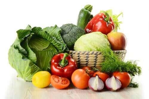 Läjä vihanneksia