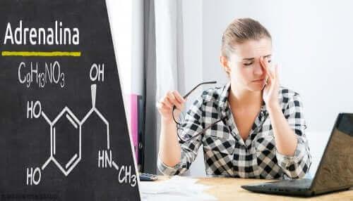 Epinefriini voi aiheuttaa päänsärkyä