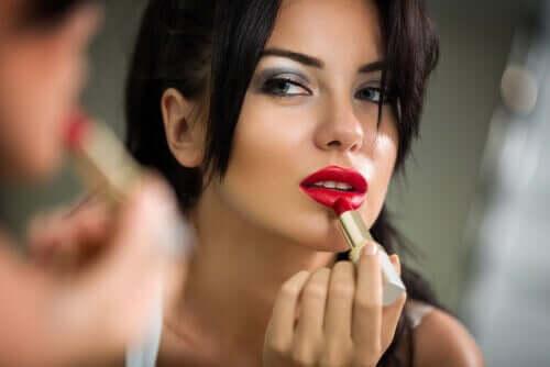 Huulipunassa on kosmetiikasta löytyvää myrkkyä.