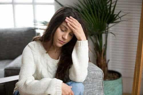 Vinkkejä kroonisesta väsymysoireyhtymästä selviytymiseksi