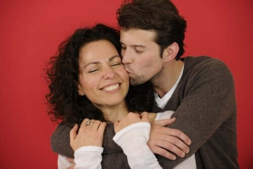 Fyysinen läheisyys on keino näyttää kumppanille, että välität