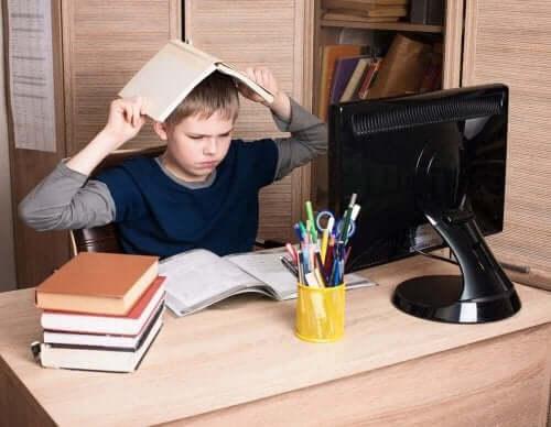 Lasten uhmakkuushäiriö aiheuttaa hankalaa käytöstä