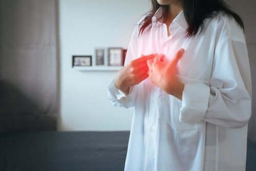 Gastroesofageaalinen refluksi: oireet ja hoito