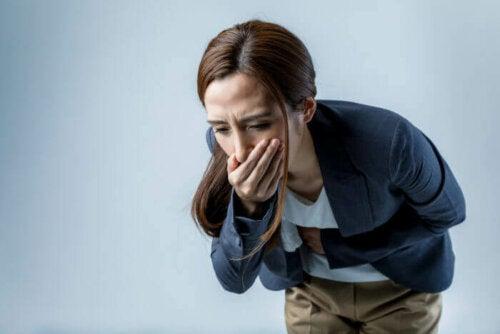 Prozacin yleisimpiä haittavaikutuksia ovat muun muassa pahoinvointi, päänsärky, hermostuneisuus, kuiva suu ja seksuaalisuuteen liittyvät toimintahäiriöt