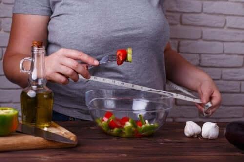 3 ruokavaliota painonpudotukseen, jotka eivät vaaranna terveyttäsi