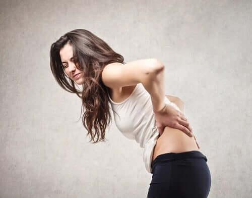 Staattinen venyttely ennen fyysistä harjoittelua heikentää lihaksen voimaa; tätä ilmiötä kutsutaan venytyksestä aiheutuneeksi voiman menetykseksi