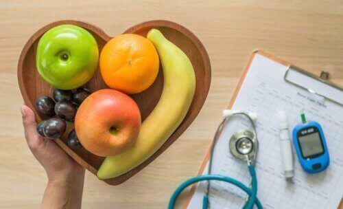 Neuvoja siihen, kuinka diabeetikko voi parantaa ruokavaliotaan.
