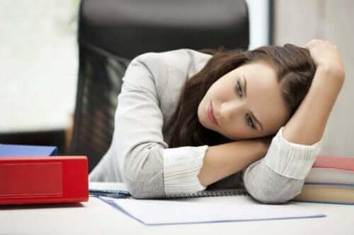 Piilevä masennus voi ilmetä kiinnostuksen puutteena entisiä mielipuuhia kohtaan