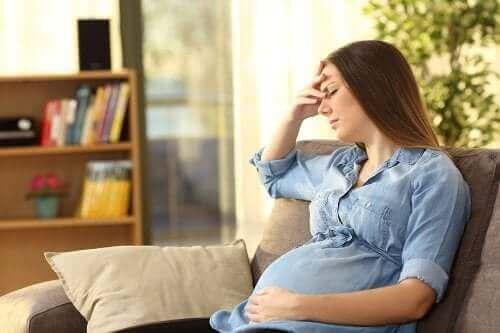 Mitä on momnesia eli uuden äidin unohtelu?
