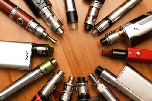 Sähkösavukkeet ovat saaneet vuosien varrella erilaisia nimityksiä, ja toisinaan ei ole helppoa ymmärtää niiden mahdollisia vaikutuksia