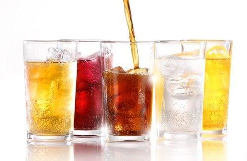 Lihottavatko sokerittomat virvoitusjuomat?