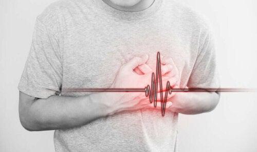 Sydänriski viittaa siihen riskiin, kuinka suuri todennäköisyys tietyllä henkilöllä on kehittää sydänongelmia
