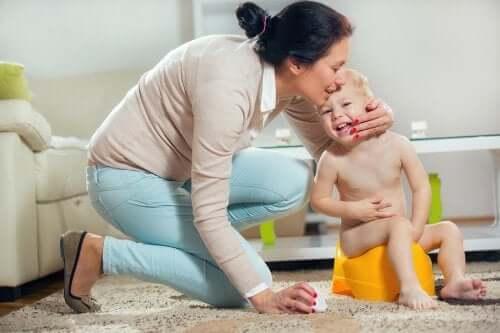 Yliaktiivinen rakko lapsilla voi johtaa psyykkisiin hankaluuksiin.