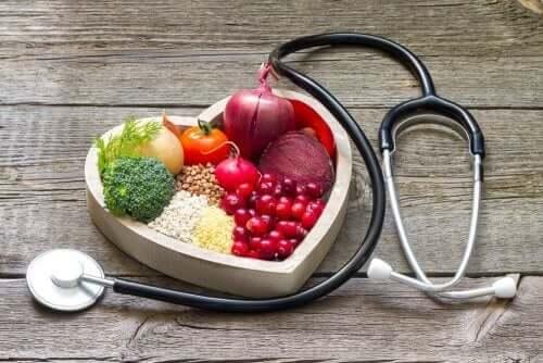 Sydänkohtauksen jälkeen ruokavalion tulisi olla sydänystävällinen