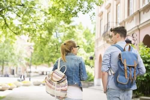 Koulurepun ja selkäkivun välinen yhteys