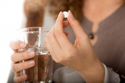 Vaikka olo voi Crohnin taudiin suunnatun lääkityksen myötä kohentua merkittävästi, lääkehoidon noudattamista lääkärin määräysten mukaan on välttämätöntä