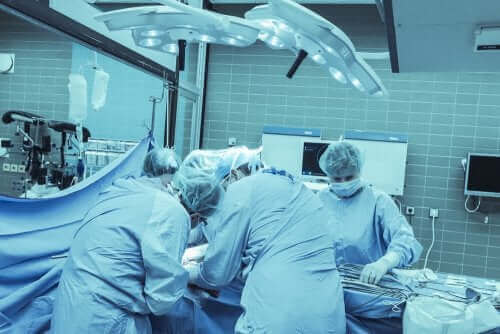 Vulvodyniaa voidaan hoitaa leikkauksella
