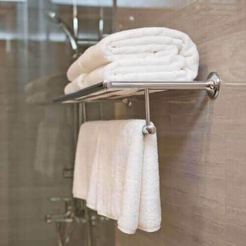 Pyyhkeiden pesu ruokasoodalla auttaa poistamaan niistä pinttyneetkin tarhat