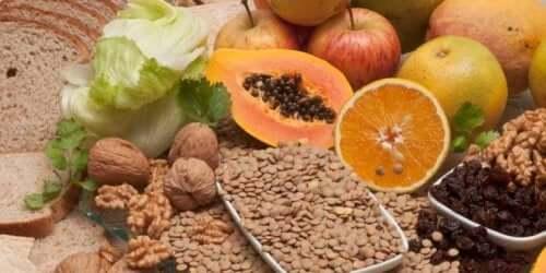 Yksi tehokkaimmista tavoista estää niveltulehdusten ja käsien nivelrikon syntyä on terveellinen ja vaihteleva ruokavalio