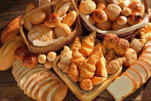 Terveellinen aamiainen ei sisällä leivoksia