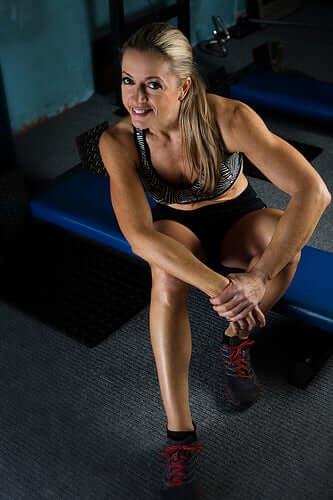 Kroonisessa lihasaitio-oireyhtymässä kipua ilmenee normaalisti vain aktiviteetin aikana ja katoaa sen loputtua